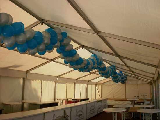 Zelt deko besondere ballondekorationen f r ihr festzelt for Festzelt dekoration