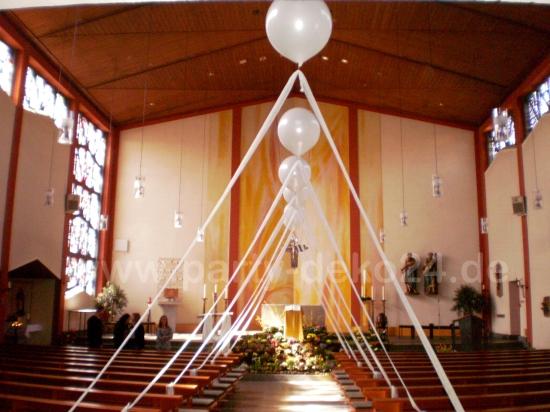 Hochzeitsdeko Fur Die Kirche Deko Taufe Kirchendeko